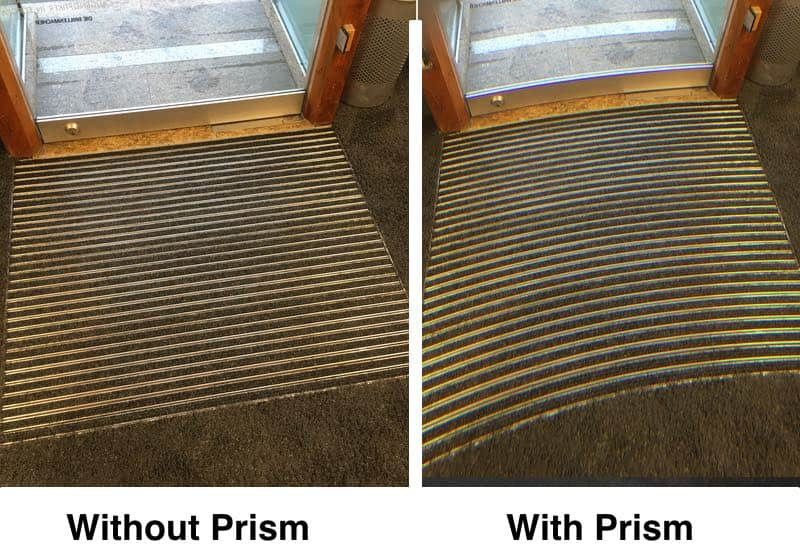 The picture shows actual footage of a doorstep on the right and on the left. On the right the view is presented with prism and therefore with distortions. On the left there are no prisms and therefor no distortions.